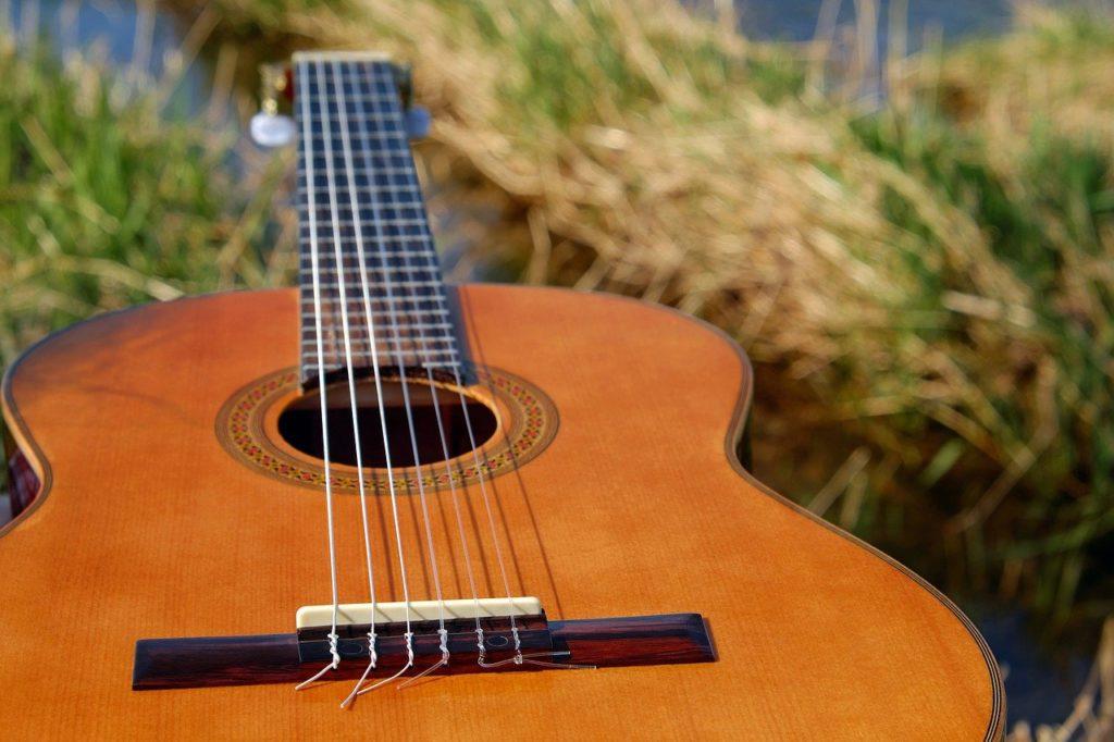 ¿Cómo almacenar tus instrumentos de música en tu trastero?